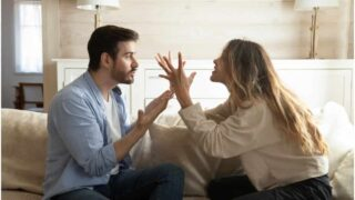 12 Warning Signs Of A Toxic Relationship