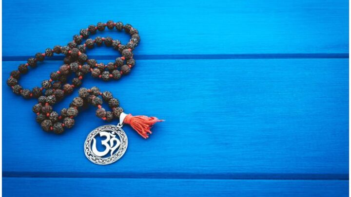 How to Use Mala Beads for Mantra Meditation