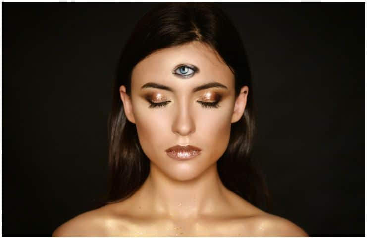 Shambhavi Mudra Meditation (Third Eye Mudra) - Eyebrow Centre Gazing