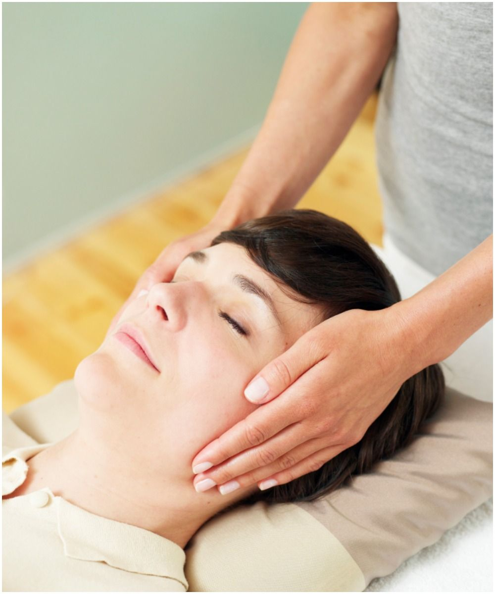 energy healing woman