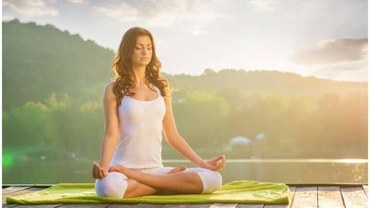 What You Need to Know About Yoga And Chronic Pain Management
