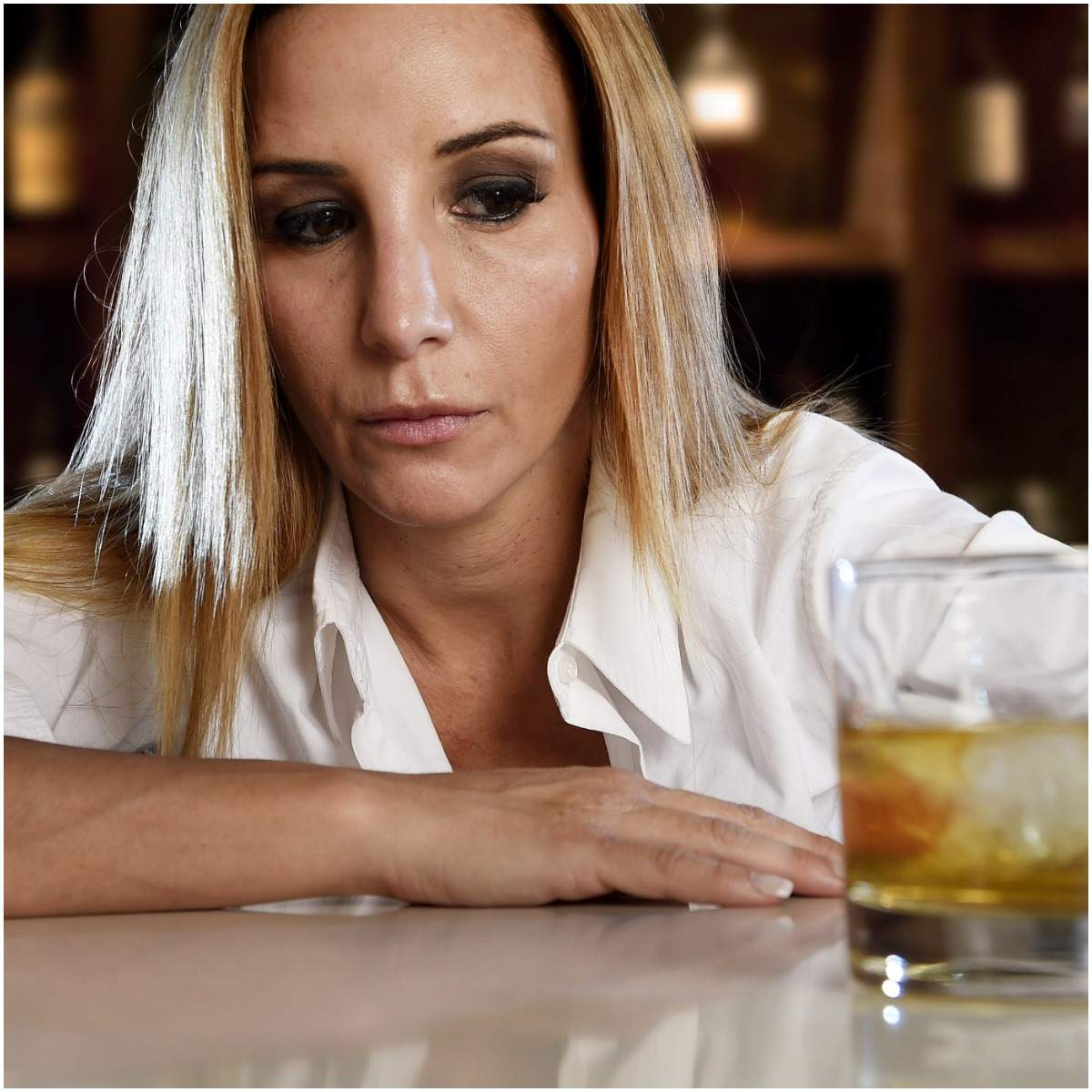 alcohol dependence woman
