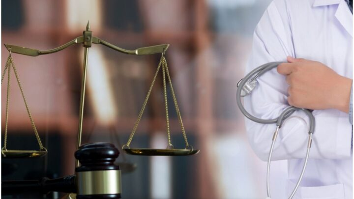 How Do Expert Witnesses Help Medical Malpractice Lawyers