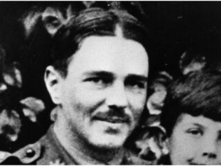Top 28 Fun & Interesting Facts About Wilfred Owen And His Life & Death