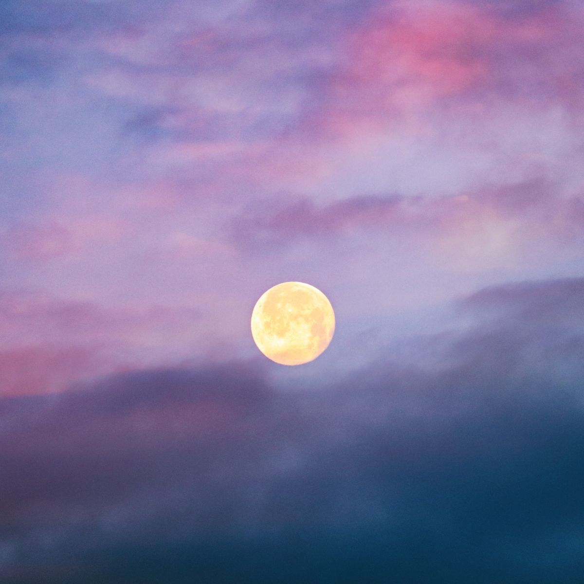 Spiritual Meaning of the Hunter's Moon